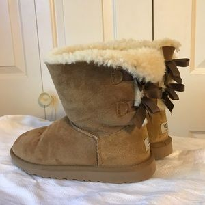UGG Shoes - UGG  Chestnut Bow Boots
